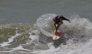 Larissa Santos (BRA) finished runner-up at the 2014 Red Nose Pro Junior.