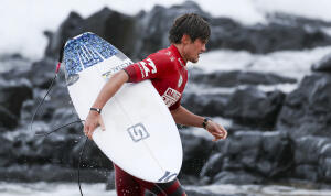 Cooper Chapman placed second in Heat 4 of the Round of 16 in Ballito Pro Presented by Billabong QS10000.