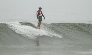 Piccolo Clemente at the Huanchaco Repalsa Longboard Pro presented by Claro and Samsung.