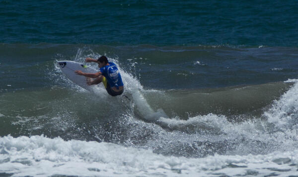 Lucca Mesinas (PER) earning runner-up in his Round 3 heat at the Essential Costa Rica Open Pro QS3,000