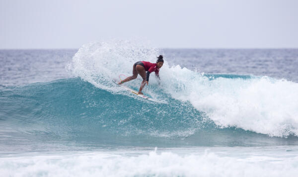 Maeda wins first at Wahine Pipe Pro