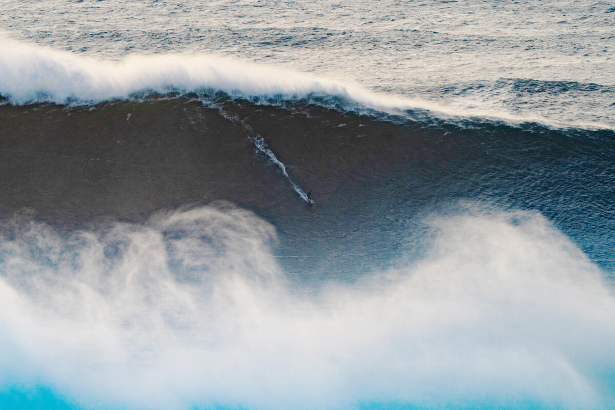 2020 cbdMD Men's XXL Biggest Wave Nominee: Lucas Chianca at Nazaré