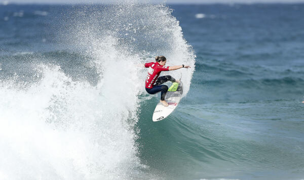 Sarah Baum winning Semifnal 1 of the Womens Ballito Pro Presented by Billabong QS1000.