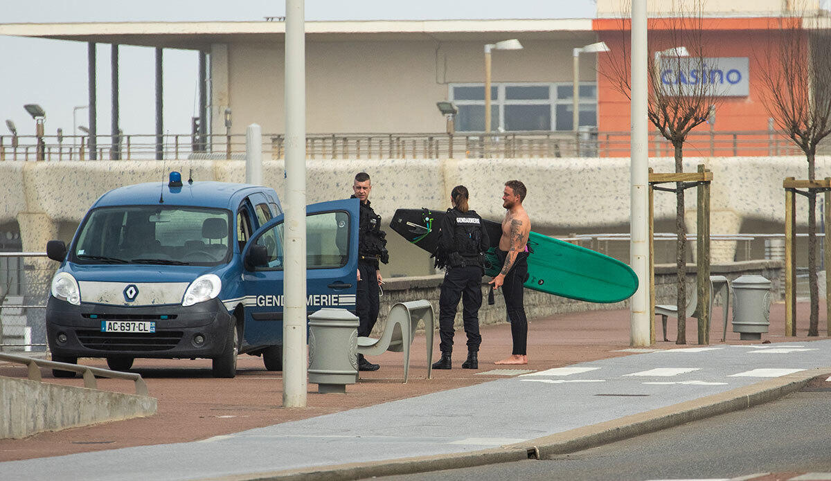 Surf forbidden in Capbreton.