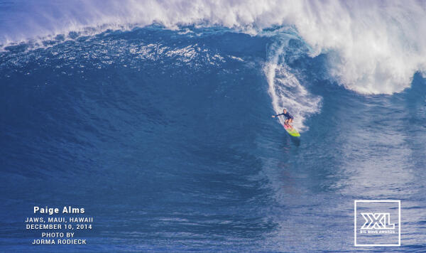 Paige Alms at the December 10 Jaws Super Session. Photo by Jorma Rodieck.